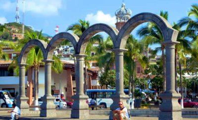 Los Arcos (The Malecon Arches)